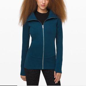 NWT Lululemon Blue Radiant Jacket Size 4